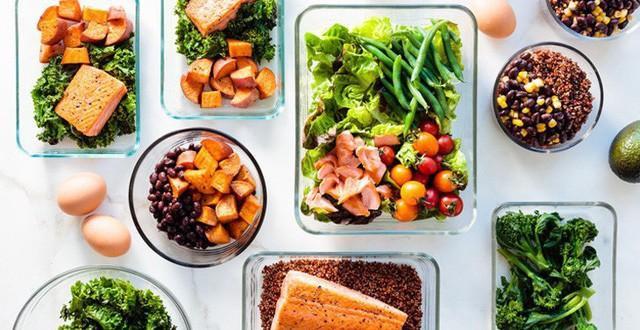 áp dụng một chế độ ăn cụ thể